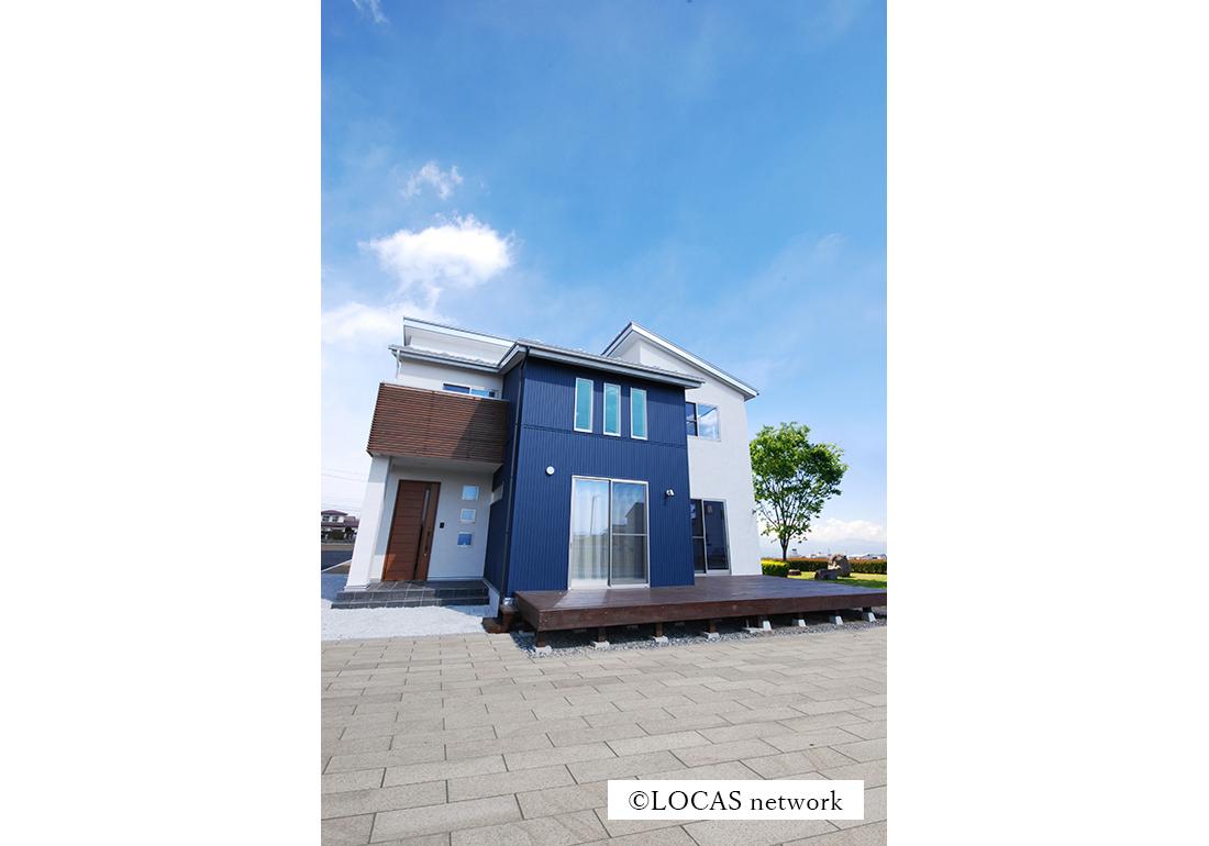 monochromeの家